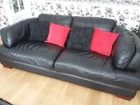 Lovely Black Leather Suite
