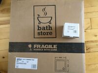 700x700 shower tray and waste