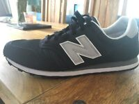 New Balance Navy 373 trainers size 9