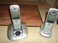 PAIR OF CORDLESS TELEPHONES