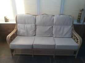 Conservatory sofa, 2 armchairs & coffee table
