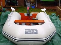 Wetline 265 inflatable boat with 30lb 12 volt engin & leisure battery