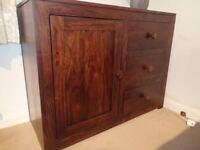 Sideboard / 1 door & 3 drawers. Great Condition