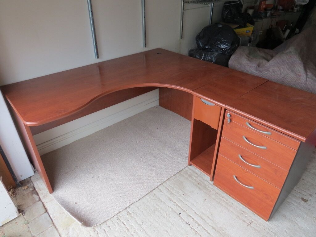 Good quality desk for home or office in lymington hampshire gumtree - Quality home office desk ...