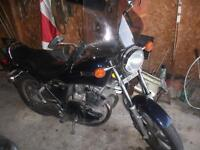 1982 Yamaha XS 400 Maxim***RARE Navy Blue*** trades possible