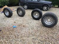 Land Rover Discovery tyres and wheels