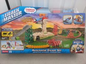 Thomas and Friends trackmaster Avalanche escape NEW!!!
