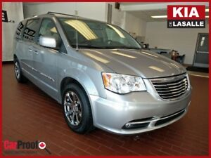 2013 Chrysler TOWN & COUNTRY TOURING ED