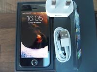 Apple iphone 5 16GB space grey in mint condition