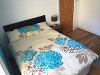 Lovely Blue Accented fully furnished Room £680 PM