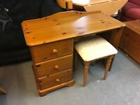 VERY NICE PINE DRESSING TABLE /OFFICE DESK WITH STOOL