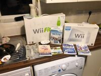 Wii console Wii fit 3x controllers 4 games
