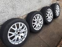 """Set of four Audi 17"""" alloy rims (7J x 17 ET47) with Dunlop SP Winter Sport tyres (225/50R17)"""