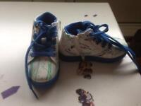 Shoes size 25