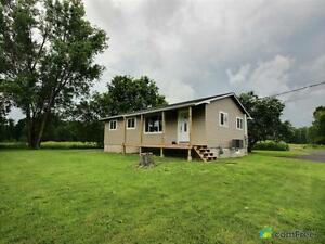 $497,000 - Acreage / Hobby Farm / Ranch in Clarence Creek