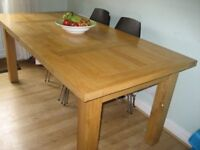 Solid Oak Kitchen/dining table; good condition