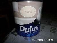 4 tins of 2 .5 litre Dulux Matt Emulsion ,,,,