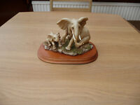 Bargain African Elephant And Calf Leonardo Collection Ornament On Wooden Plinth 1993