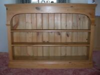 PINE BOOKSHELF - Quality wood