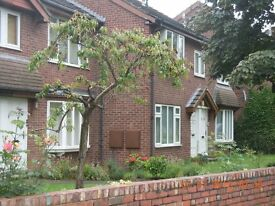 SORRY TOO LATE - NOW LET _Flat To-Let Moortown Corner LS17 furnished, One double & one box room