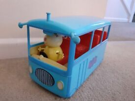 Miss Rabbit Peppa Pig bus with sounds