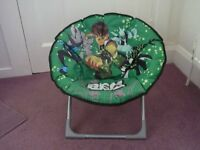 Child's folding chair in very clean conition -as new