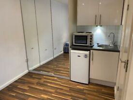 Beautiful ground floor Studio Flat available in NW4