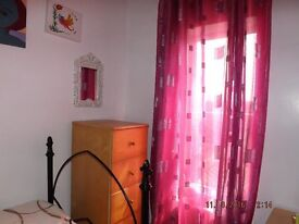 FULLY FURNISHED SINGLE ROOM IN SHARED HOUSE