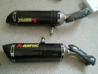 Big bang r1 Akrapovic exhausts