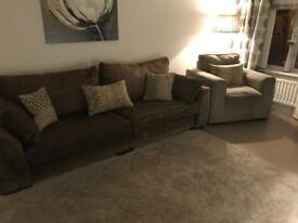 Ashley Manor 4 seater and chair (brown)