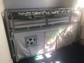 Next midi child's bed