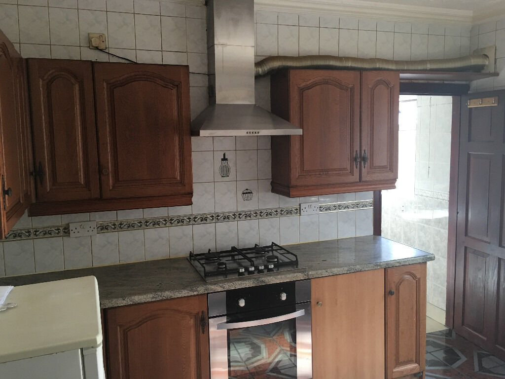 Massive 3 bed house (Dss Welcome)