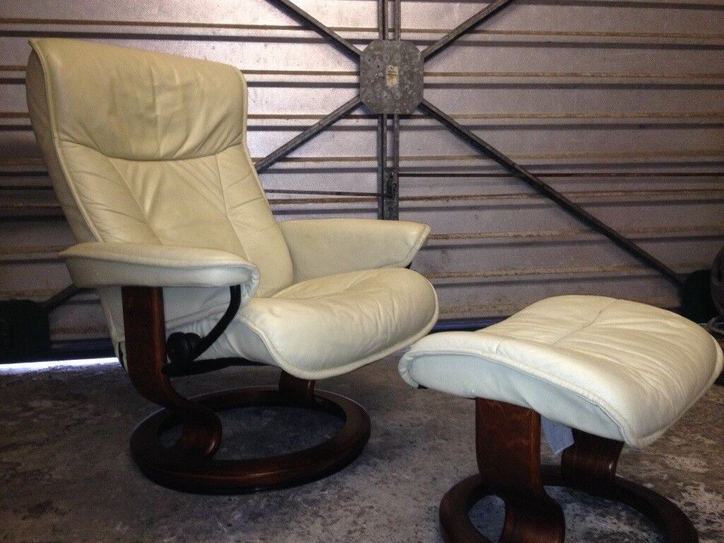 Ekornes Leather Stressless Recliner And Footstool Used Condition Made In Norway
