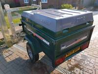 Erde tipping trailer with solid cover