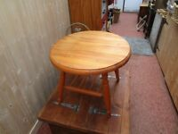 SOLID PINE GOLDLINE ROUND COFFEE TABLE 21ins X 18ins.