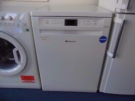 EX-DISPLAY CREAM HOTPOINT DISHWASHER (12 month warranty) REF: 11111