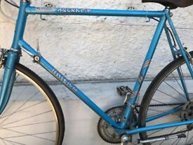 Authentic/Retro Road Bike - Raleigh Arena GT