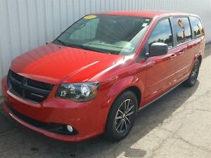 2015 Dodge Grand Caravan Crew LOW KMS/DVD/BACKUP CAM/REMOTE STAR