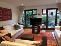 Double Room in Beautiful Earlsfield House