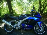 Kawasaki zx9r 2002 E1