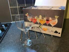 6 brand new gin glasses / baloons