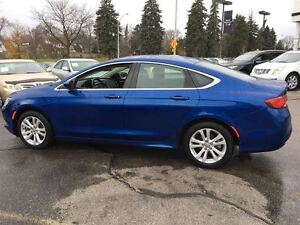 2016 Chrysler 200 Limited   BLUETOOTH   NO ACCIDENTS Kitchener / Waterloo Kitchener Area image 3