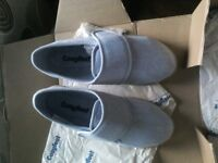 Cosyfeet ladies (Jenny ) extra roomy size4 slippers BRAND NEW