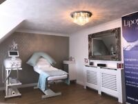 Stylish, Quiet Beauty or Therapy room to rent on a daily or half daily basis to include bills.