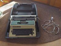 Vintage Silver Reed 2600 CR Electrical Typewriter