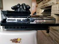 PS3 60GB mint condition plays PS2 Games