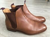 Mens Hudson London leather Brown Chelsea Boots, size 8