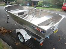Quintrex 350 Dart on Boeing trailer with 5HP Yamaha 2 stroke Fairy Meadow Wollongong Area Preview