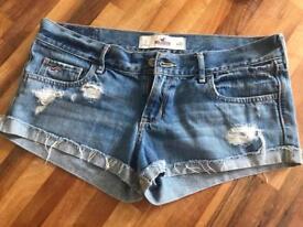 Hollister Denim Shorts Size 7 - W28