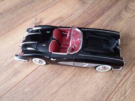 1:18 Chevrolet Corvette 1958 Motor Max
